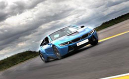 BMW i8 Blast Experience from Trackdays.co.uk