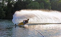 Extended Waterskiing Experience from Trackdays.co.uk