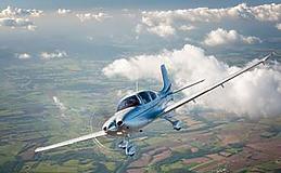Introduction to Becoming an Airline Pilot Special Offer Experience from Trackdays.co.uk