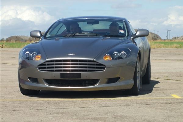 Aston Martin Thrill Driving Experience 2