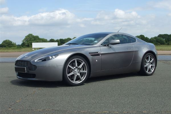 Aston Martin Driving Experience 1