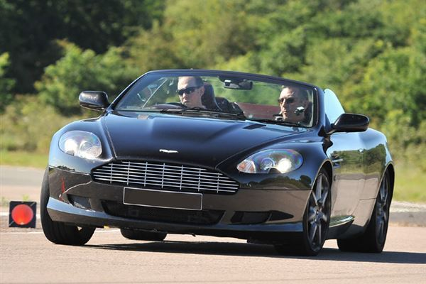 Aston Martin DB9 Driving Experience 1