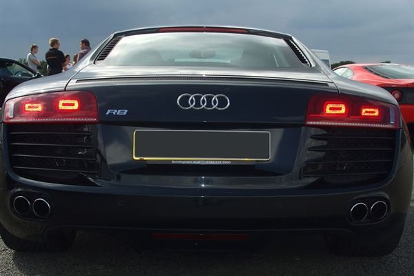 Audi R8 Thrill Driving Experience 3
