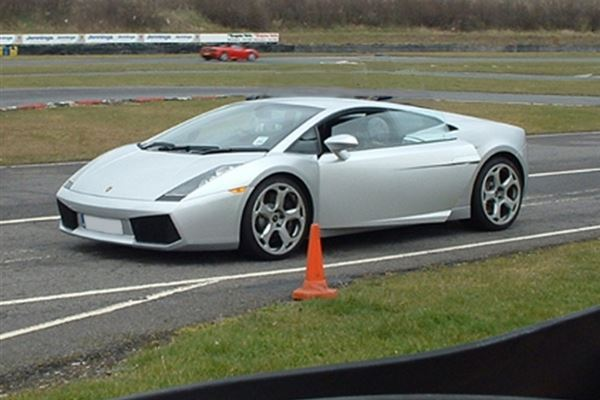 Lamborghini Thrill and Hot laps Driving Experience 2