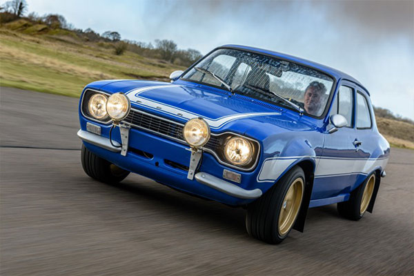 MK1 Escort RS Blast Driving Experience 1
