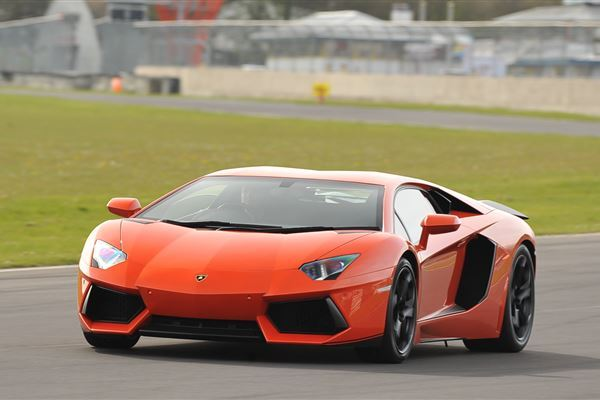 Supercar Track Day Platinum Driving Experience 3