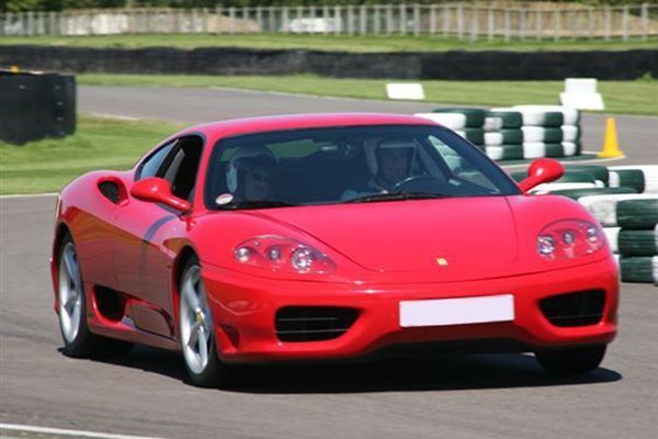 Five Supercar Experience at Goodwood Driving Experience 3