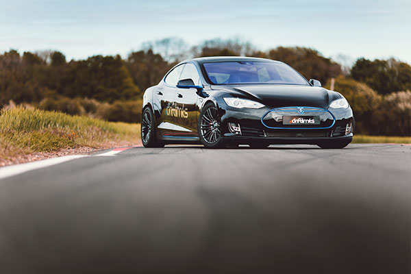 Tesla Model S P90D Thrill Driving Experience 2